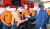 더불어민주당 대선 예비후보인 이재명 경기도지사가 22일 서울 동작소방서를 방문해 소방관들을 격려했다 [국회사진기자단]