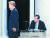 24일 오후 부산KBS에서 열린 더불어민주당 대선 경선 후보자 토론회에서 이재명(왼쪽), 이낙연 후보가 인사한 후 자리로 돌아가고 있다. 연합뉴스