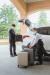 고객 환영 및 환송, 호텔 관련 정보 제공, 수하물 관리, 현관 차량 통제 등은 벨 데스크 부문 호텔리어의 중요한 업무다.