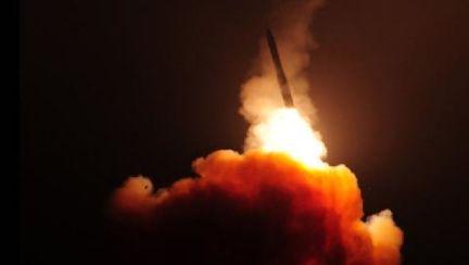 """""""한국도 독자적 핵무장해야"""" 박정희 막던 미국서 이런 주장 [박용한 배틀그라운드]"""