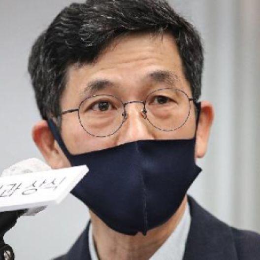 """진중권 """"尹 치명타 맞을것, 전두환 발언보다 더 큰 문제는..."""""""