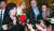 최선희 북한 외무성 부상이 1일 정상회담 결렬과 관련해 취재진 질문에 답하고 있다. [연합뉴스]