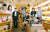 9년째 세계문학을 읽는 고려대 서화회 동문 독서 동아리. 왼쪽부터 이영미·양정수·이용철·조진희·안선덕·이관직씨. 신인섭 기자