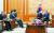 문재인 대통령이 15일 청와대에서 마크 에스퍼 미국 국방장관(왼쪽 둘째)과 해리 해리스 주한 미국대사 등을 접견하고 있다. [청와대사진기자단]