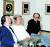 황염수(오른쪽)가 동료 한묵(왼쪽), 박고석(가운데)과 어울렸다. 한묵 현대화랑개인전, 1985년. [사진 갤러리현대]