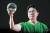 서울아산병원 성형외과 최종우 교수가 두경부암 환자의 얼굴 재건 치료에 사용한 3D 프린팅 출력물을 살펴보고 있다. 김현동 기자