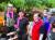 주호영 원내대표(왼쪽 둘째) 등 미래통합당 당직자들이 충북 청주에서 수해 복구 작업을 하고 있다. [뉴스1]
