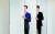 바리톤 김주택(왼쪽)과 테너 김현수가 26일 마포 M클래식 축제에서 최초의 '100인 비대면 합창'을 이끈다. 신인섭 기자