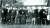 난징 탈출 후 홍콩에 머무르던 룽윈(앞줄 왼쪽 둘째)은 대륙으로 돌아갔다. 1954년 5월, 정치협상회의 좌담회를 마친 룽윈. [사진 김명호]