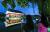 경회루의 야경. 연못의 틀을 하인 출신 궁정 건축가 박자청이 만들었다. [중앙포토]