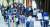 시민들이 24일 서울 송파구보건소 선별진료소에서 코로나19 검사를 받고 있다. 이날 오후 10시 기준 신규 확진자 수는 3000명을 넘어섰다. [뉴스1]